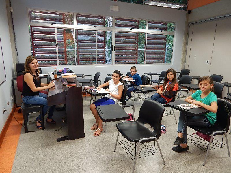 En el ambiente ameno de la Escuela de Música Sinfónica