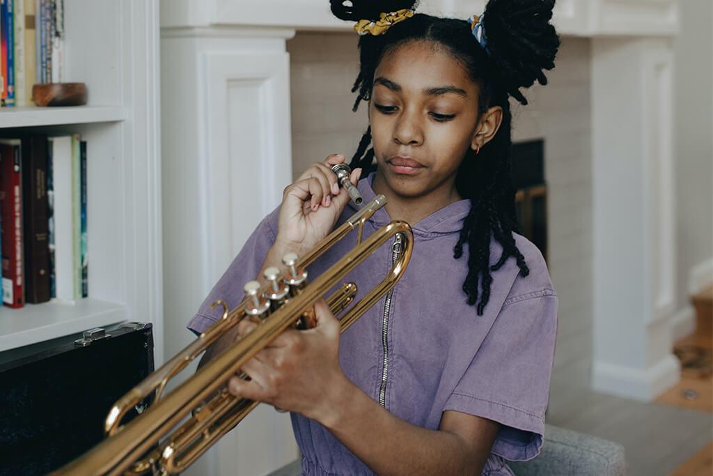 Aproveche su tiempo y aprenda a tocar trompeta